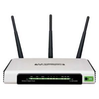 300M Wireless 4 Port Router 3 Fixed Antrenna, WR940N